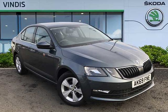 SKODA Octavia Hatchback 1.6 TDI SE Technology SCR 115ps